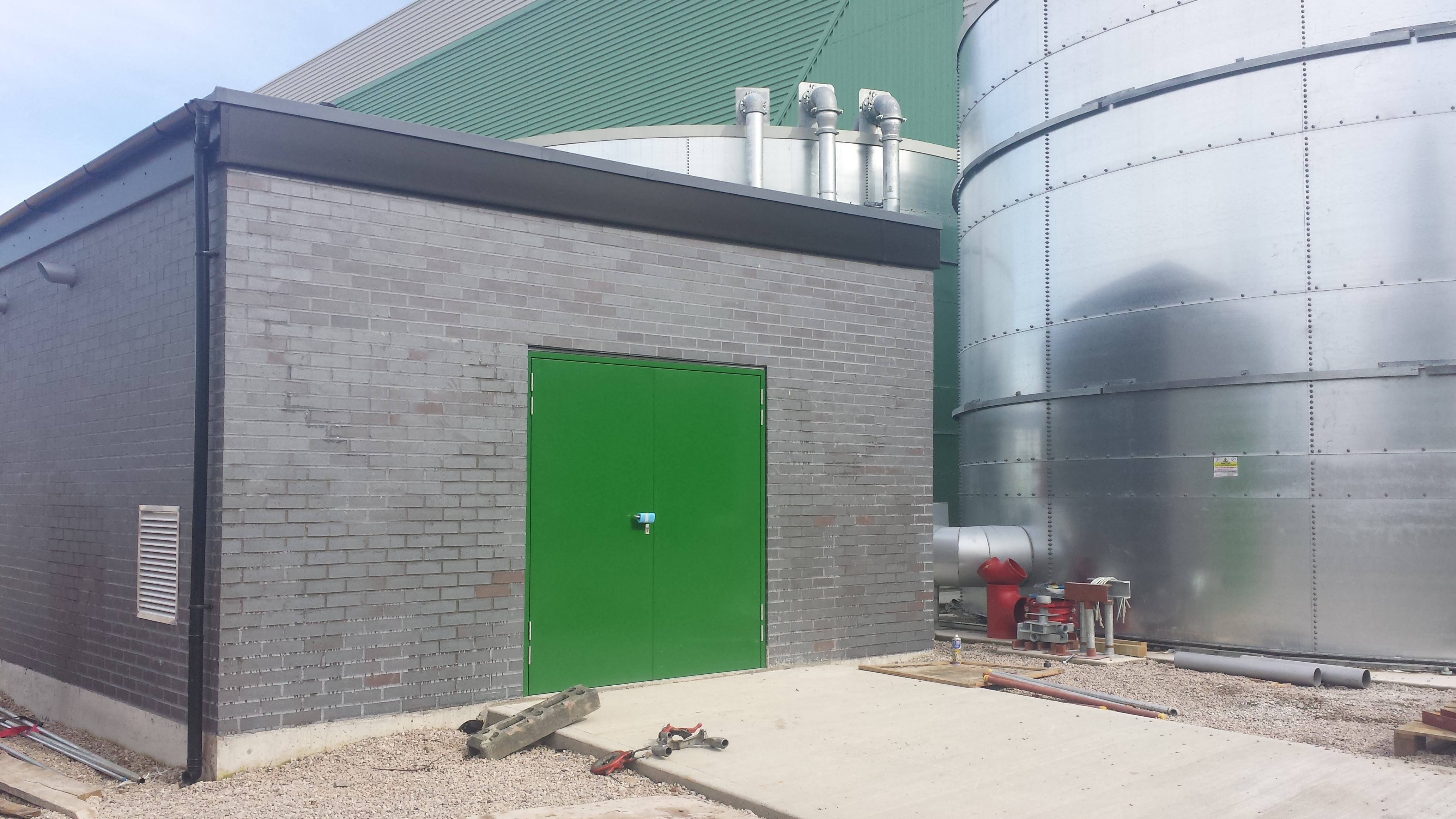 401-power-shed-and-silo
